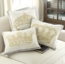 I need these pillows! #DaughtersoftheKing