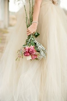 #neutral #wedding #bouquet ... Tulle wedding dress  ... Wedding ideas for brides, grooms, parents & planners ... https://itunes.apple.com/us/app/the-gold-wedding-planner/id498112599?ls=1=8 ... plus how to organise your entire wedding ... The Gold Wedding Planner iPhone App ♥