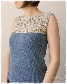 Esta combinación para un suéter de manga larga también podría ser: combinando dos lanas y dos puntos, uno más calado que el otro.