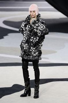 Chanel 2013-2014.Mezla el blanco y el negro en estampado