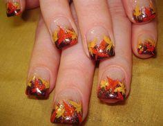 9 Best Thanksgiving Nail Art Designs: Autumn Leaves Nail Art:
