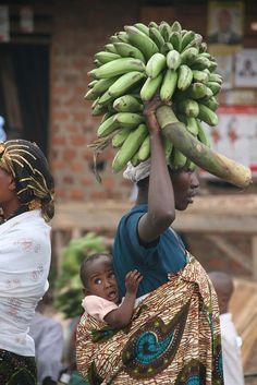 The Monday market in Kisoro, Uganda.