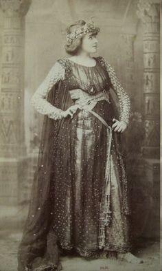 Mrs. Potter as Cleopatra, 1889 by Sarony.