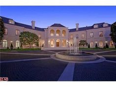 Former mansion of Aaron & Candy Spelling