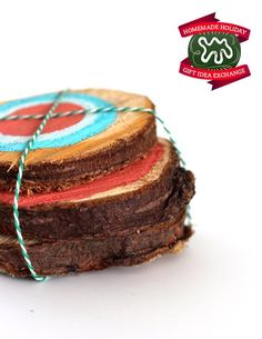 Make this Homemade Holiday Gift: Painted Tree Rings HOMEMADE HOLIDAY GIFT IDEA EXCHANGE: PROJECT #8