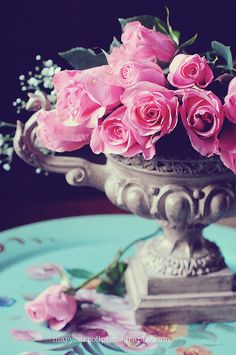 Classically gorgeous pink roses. #roses #flowers #pink #vintage #elegant #arrangement #spring #summer #Valentines