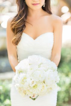 Round white bouquet: http://www.stylemepretty.com/little-black-book-blog/2014/09/19/shabby-chic-calamigos-ranch-wedding/ | Photography: Koman - http://komanphotography.com/