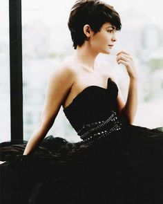 I love dark pixie cuts.