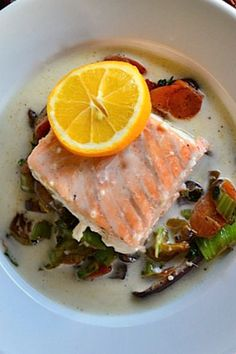 Baked salmon in coconut broth
