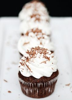 Flourless Chocolate Hazelnut Cupcakes