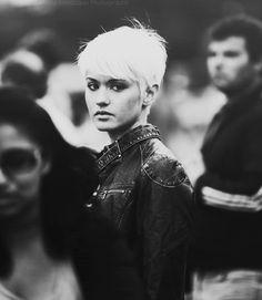 Short white hair + black leather jacket = ♥