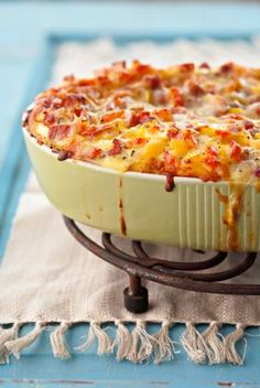 Breakfast Casserole with Ham and Cheese