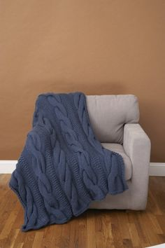 Image of Cable Comfort Throw