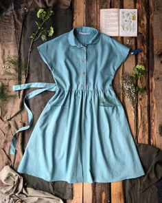 Folk Dress Linen Swedish Blue | Vintage Folk Dress | kleine-schobbejak