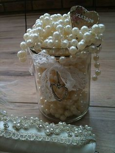Centerpiece idea for vintage wedding