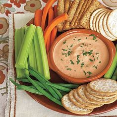 Super Bowl party recipes: Garlicky Roasted Red Pepper Dip