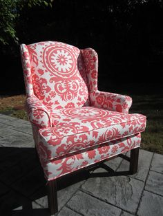coral chair, bedroom decor, patterns, bedrooms, paintings, accent chairs, pillows, bright colors, coral accent