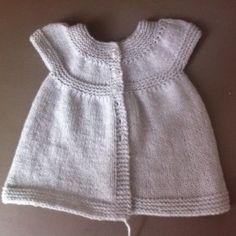 Patron gratuit robe au tricot 3 mois