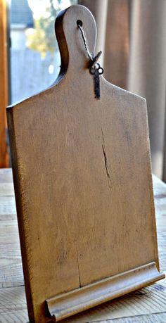Cutting Board ipad Stand