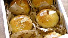 Apple-Shaped Apple Bread from Mosogourmet