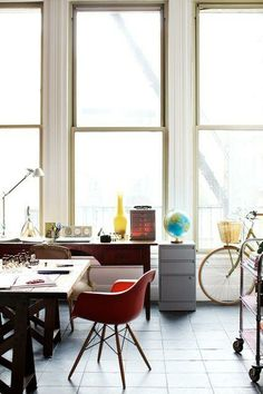 Office Space / Emily Johnston