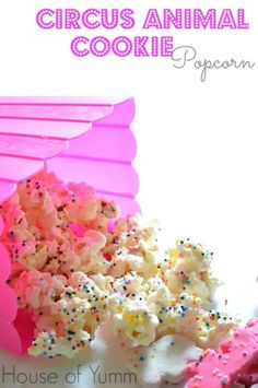 Popcorn Recipes: Circus Animal Cookie www.thenymelrosefamily.com #popcorn #sweets
