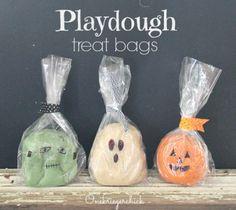 Halloween Playdough Treat Bags