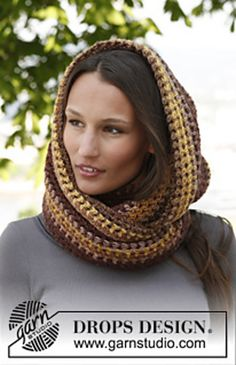 Free pattern  Ravelry: 143-42 JASMINE - Neck warmer in Big Delight pattern by DROPS design