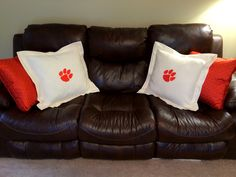 Throw Pillows At Tj Maxx : Yeah, I made that!!! on Pinterest Brother Embroidery Machine, Embroidered Towels and ...