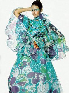 Oscar de La Renta Vogue 1970s