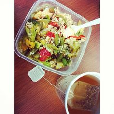 @3_fit_blondes #21dayfix #lunch ! Tilapia ❤, veggies , brown rice .. Hot sauce and spices! I am eating for the body I want- a clean & lean one! #cleaneats #cleaneating #eatclean #beachbody #protein #portioncontrol #paleo #pescatarian #goodearthtea #healthy #health #food