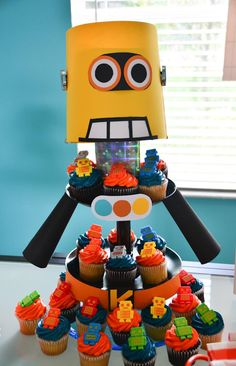 Cupcakes at a Robot Themed Birthday Party with Lots of Fun Ideas via Kara's Party Ideas | KarasPartyIdeas.com #Robots #Party #Ideas #Supplies #cupcakes #robot #robotparty #cake