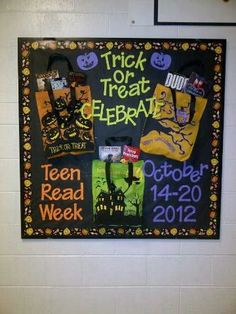 Teen Read Week Bulletin Board