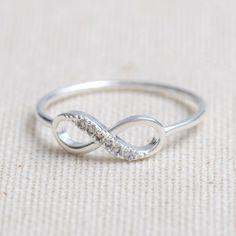 Fancy - Infinity Ring In Silver on Luulla