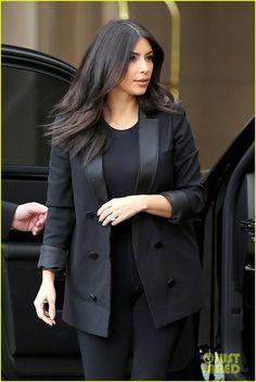 Kim & Khloe Kardashian Celebrate Kourtney's Baby Shower