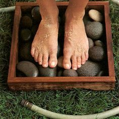 STONE FOOT RINSE: Project for beach & swim spots to rinse off sand, dirt, and grass before going inside house.    *   Question and Planter