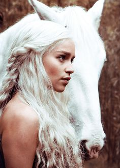 white hair, hors, the game, daenerys targaryen, girl crushes, silver hair, dragon, blond, game of thrones