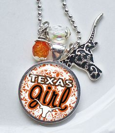 Texas Longhorn necklace.  .    I WANT!!!