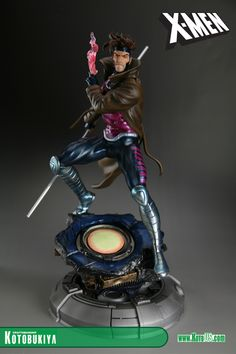 X-MEN DANGER ROOM SESSIONS GAMBIT FINE ART STATUE