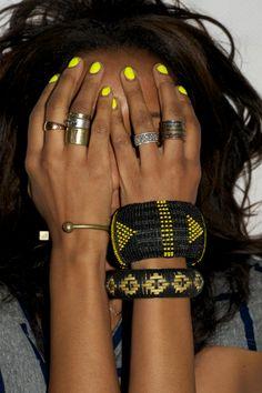 bracelet, nail polish, accessori, nailpolish, nail colors, chunky jewelry, neon nails, fashion bloggers, neon yellow