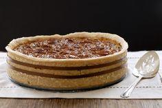 Gluten-Free Deep Dish Chocolate Bourbon Pecan Pie / 23 Gorgeous Gluten-Free Thanksgiving Desserts (via BuzzFeed)
