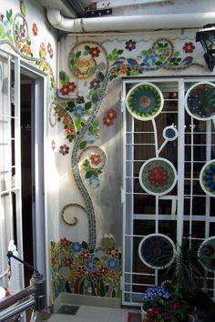 decor, craft, mosaic garden, mosaics, mosaic idea, art, flower painting wall, garden mosaic, homes
