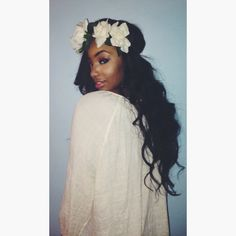 fashion, flower headbands, flower crowns, queen, curl, hairstyl, flower children, blog, floral crowns