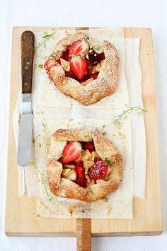 Strawberry and Banana mini pies
