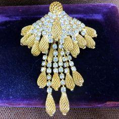Vintage designer signed Castlecliff waterfall rhinestones brooch