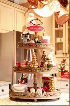 3 tiers of Christmas beauties