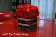 DIY Layered Sand Flower Vase from addicted2decorating.com