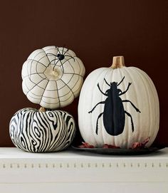 Black and white pumpkin decorating ideas
