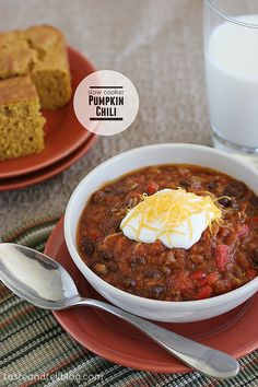 Slow Cooker Pumpkin Chili --- no chili is complete without beer - I think a pumpkin one will taste good with this too