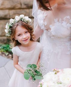 How sweet is this flower gal???       #flower #flowerstagram #sanfranciscoweddingphotographer #weddingflowers #flowersofinstagram #flowerslovers #sanfranciscowedding #smpweddings #flowergirl #weddingmoments